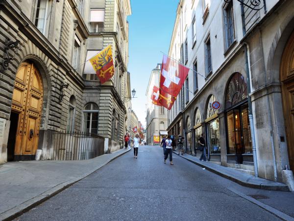 全球17個最多富人聚居的城市 14-Geneva